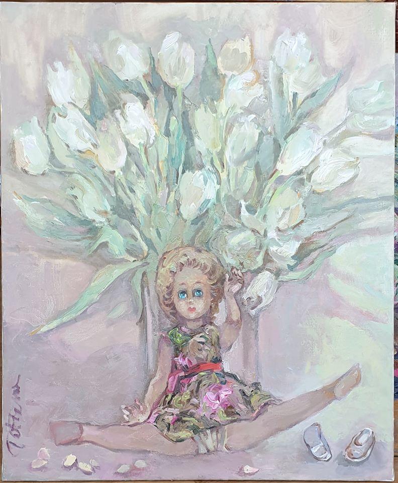 Картина «Кукла, тюльпаны и тыквенные семечки»